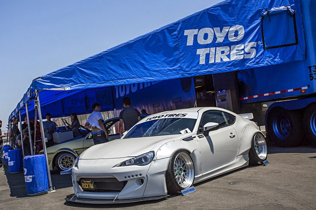 86fest-2016-rocket-bunny-version-2-frs